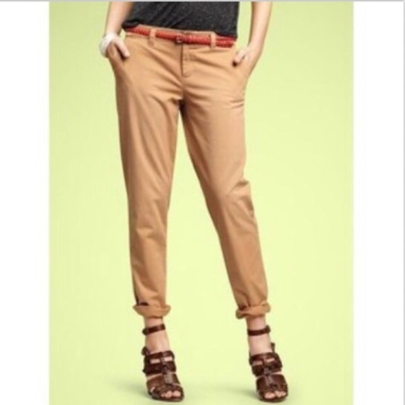 GAP Pants - GAP Straight Leg Khakis